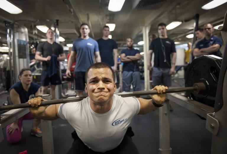 トレーニングパートナー の存在はトレーニング強度およびボリュームを増大させる効果がある